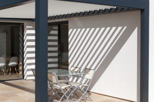 Terrasse avec pergola à Saint Jean de Luz (64)